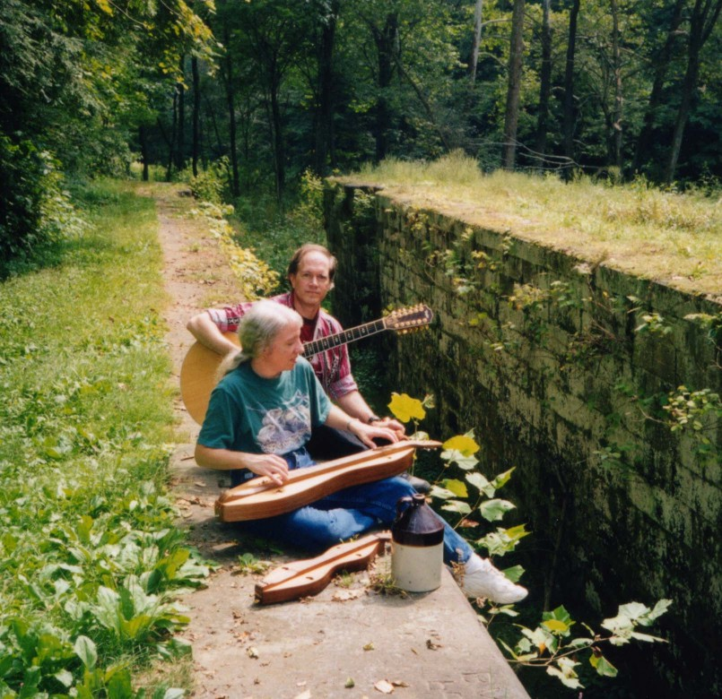Bill Schilling and Linda Sigismondi at Lusk's Lock on the Sandy and Beaver Canal in Columbiana County